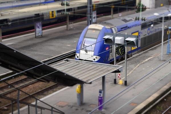 Réforme de la SNCF : l'avis du Professeur Andolfatto recueilli par